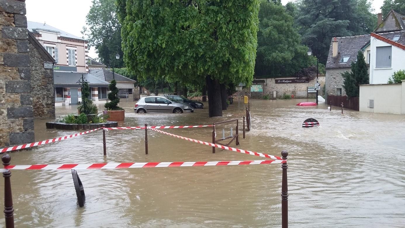 Les inondations de mai-juin 2016 dans les bassins versants de la rivière Ecole et du ru de la Mare-aux-Evées
