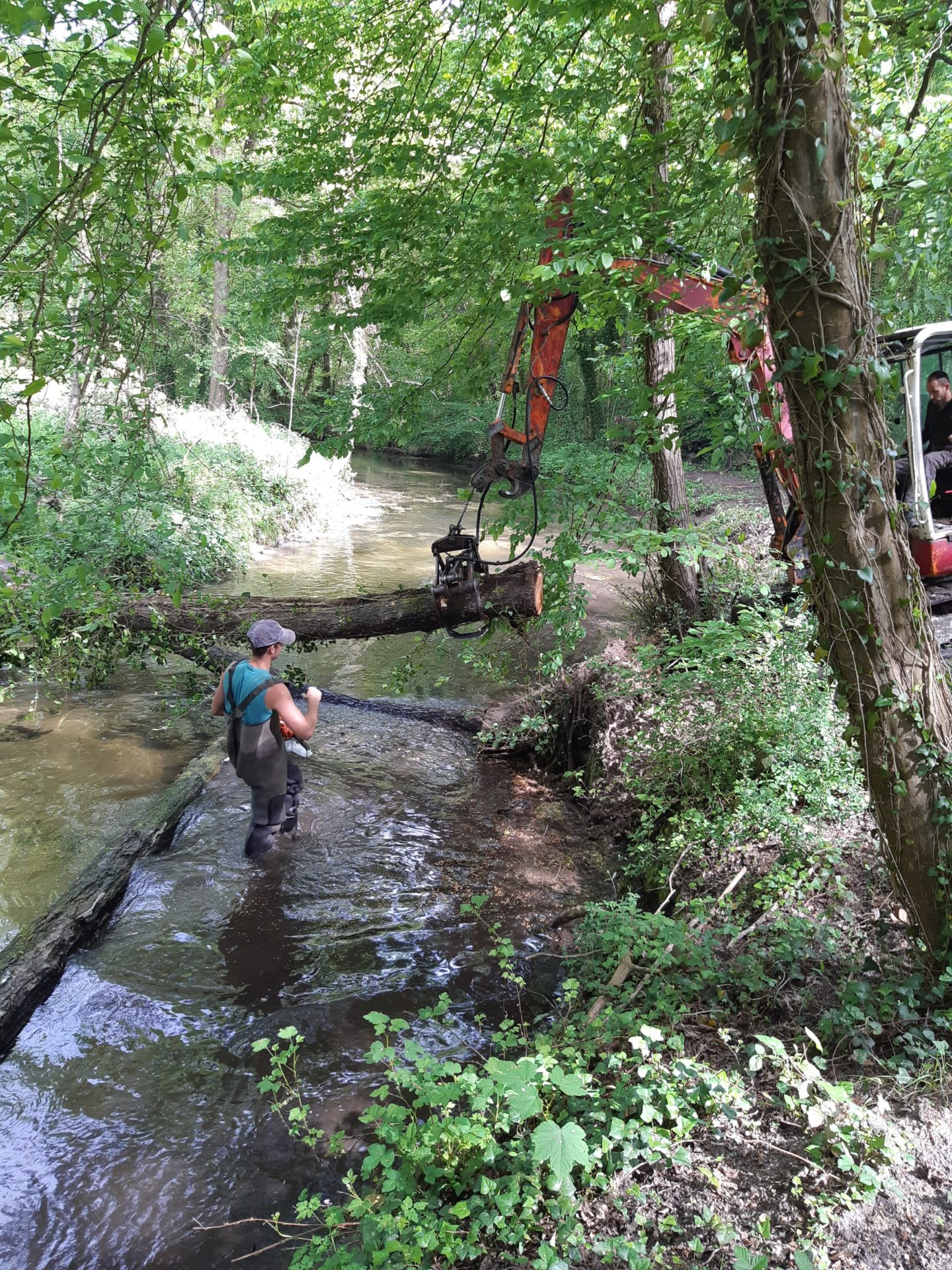 La gestion des embâcles printaniers à Milly-la-Forêt, Moigny-sur-École, Courances, Dannemois et Fleury-et-Bière